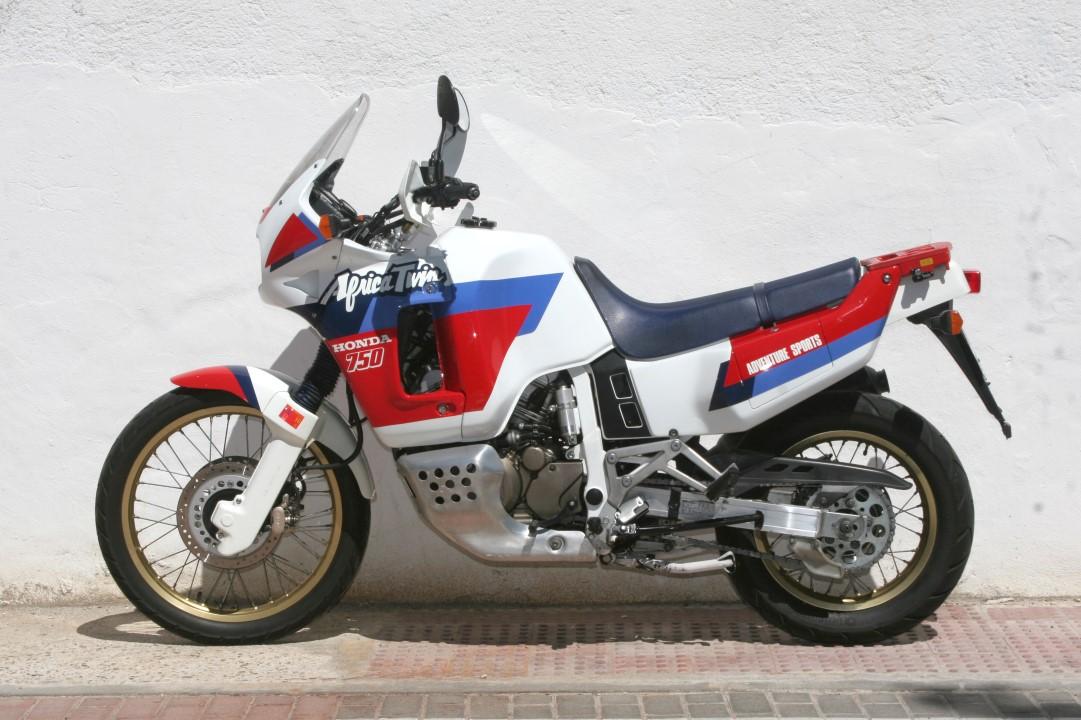 Clásicas trail: Honda XRV 750 Africa Twin 1991