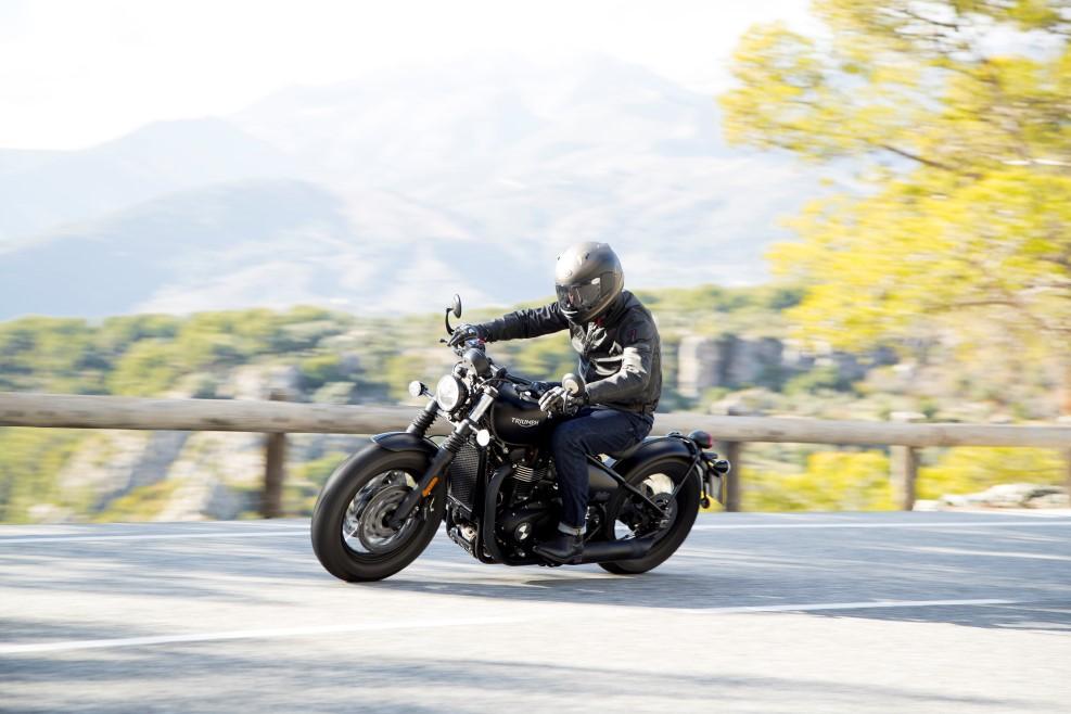 Triumph Bonneville Bobber Black 2018, prueba, ficha técnica y primeras impresiones