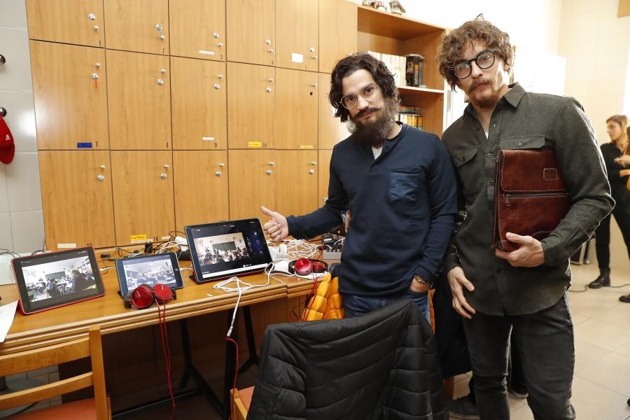 Marc Márquez y Dani Pedrosa, maestros de escuela por un día