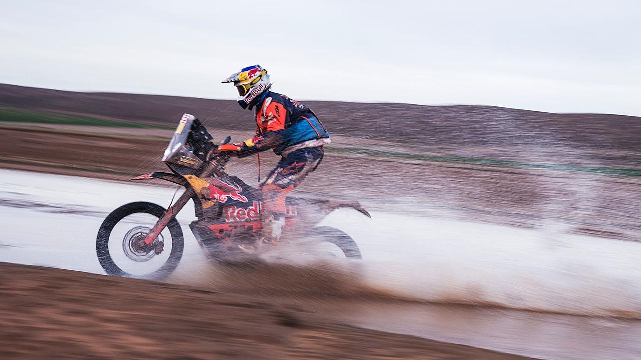 Dakar 2018: Toby Price y Kevin Benavides reducen distancias con Matthias Walkner