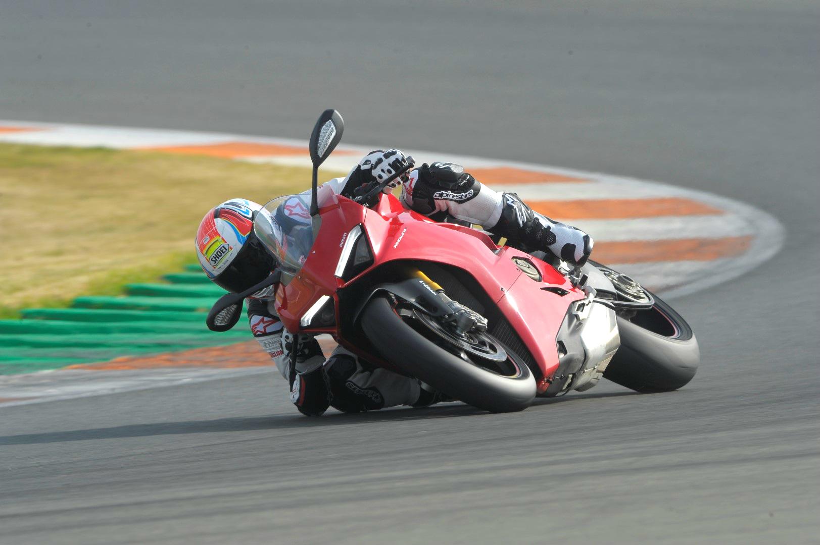 Ducati Panigale V4 S: prueba, precio y primeras impresiones