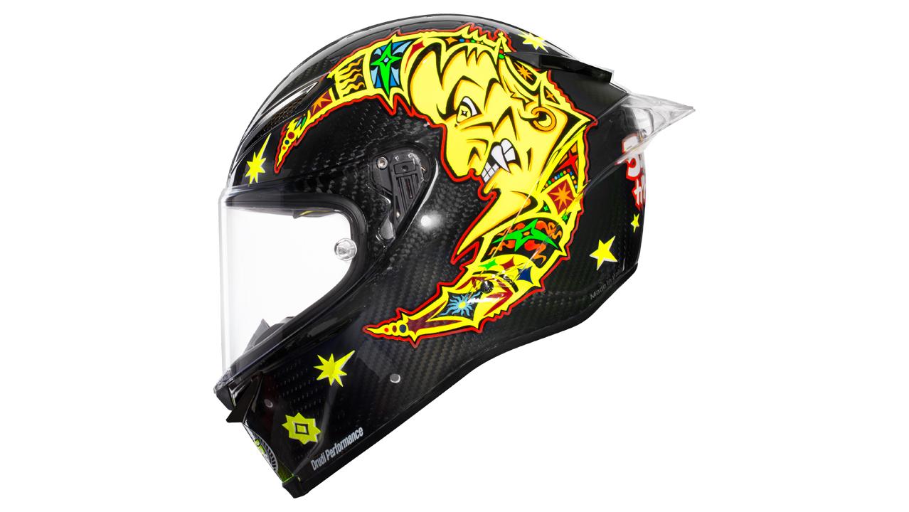 Valentino Rossi con un casco muy especial en los test de MotoGP