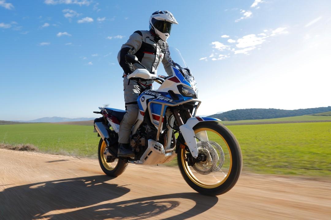 Honda CRF 1000 L Africa Twin Adventure Sports, prueba, ficha técnica y primeras impresiones