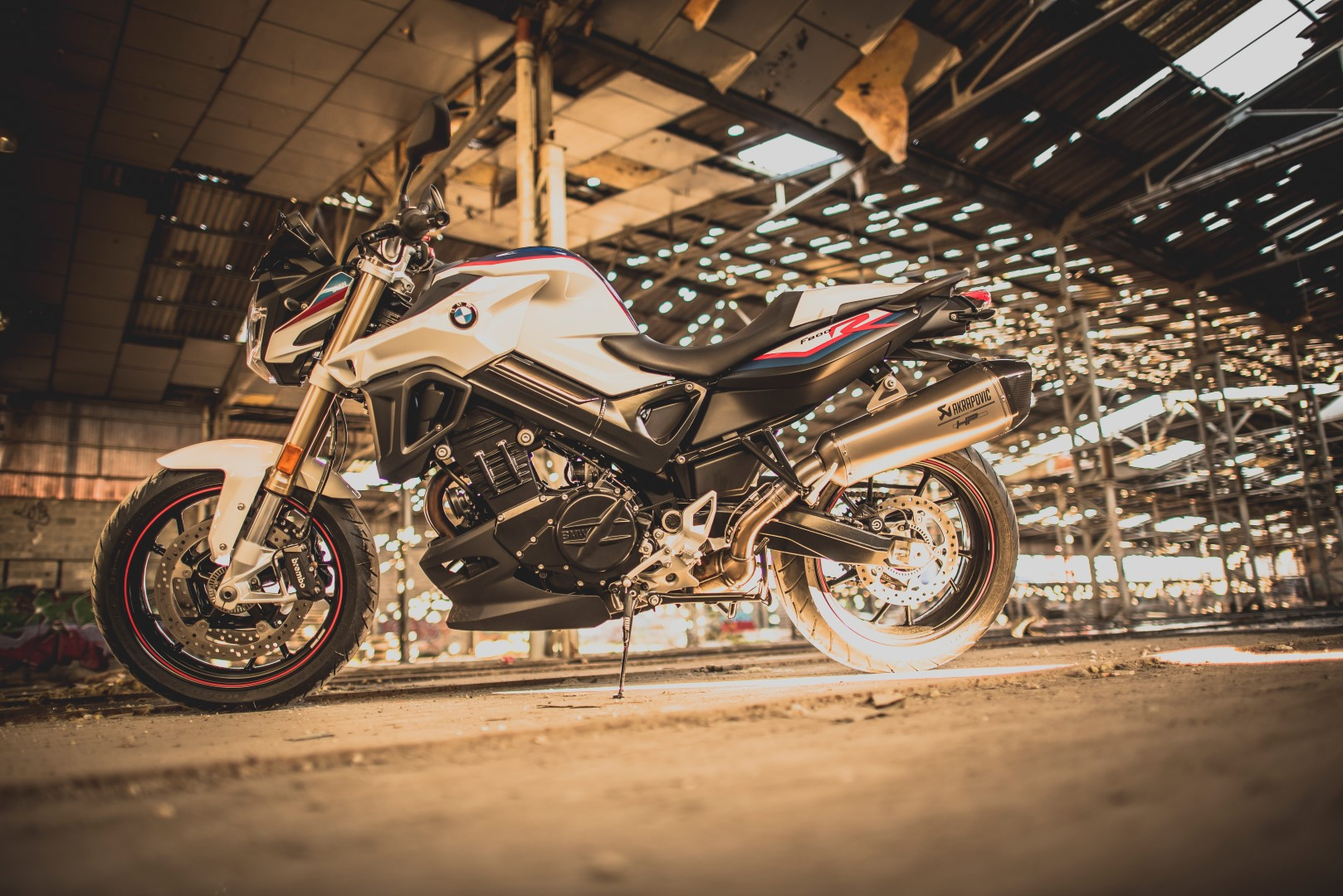 BMW presenta la nueva versión F 800 R Akrapovic