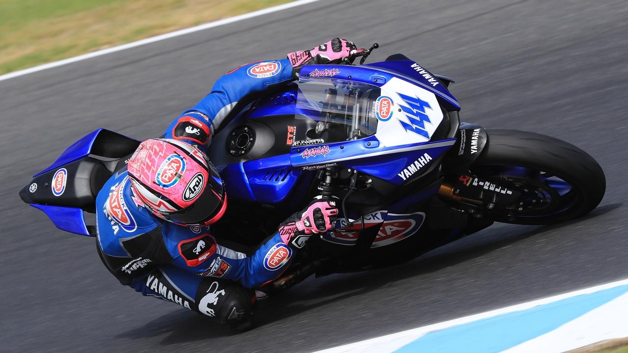 Lucas Mahias vence en Australia y Sandro Cortese debuta con podio en la fiesta de Yamaha