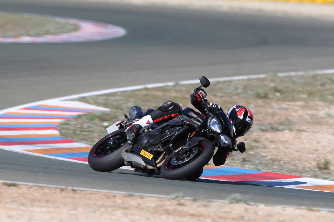 Triumph Speed Triple RS 2018, prueba, ficha técnica y primeras impresiones