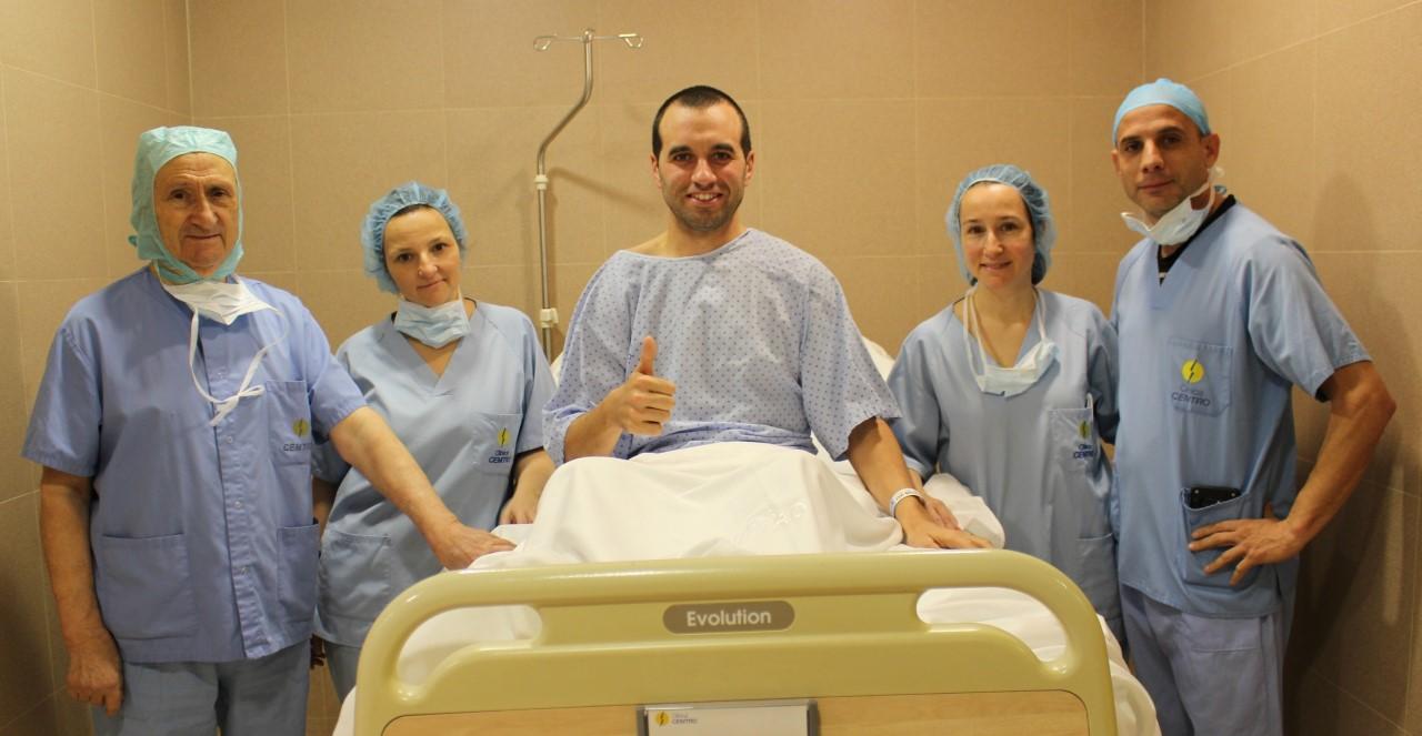 Alfredo Gómez operado con éxito de su lesión de rodilla en la Clínica CEMTRO