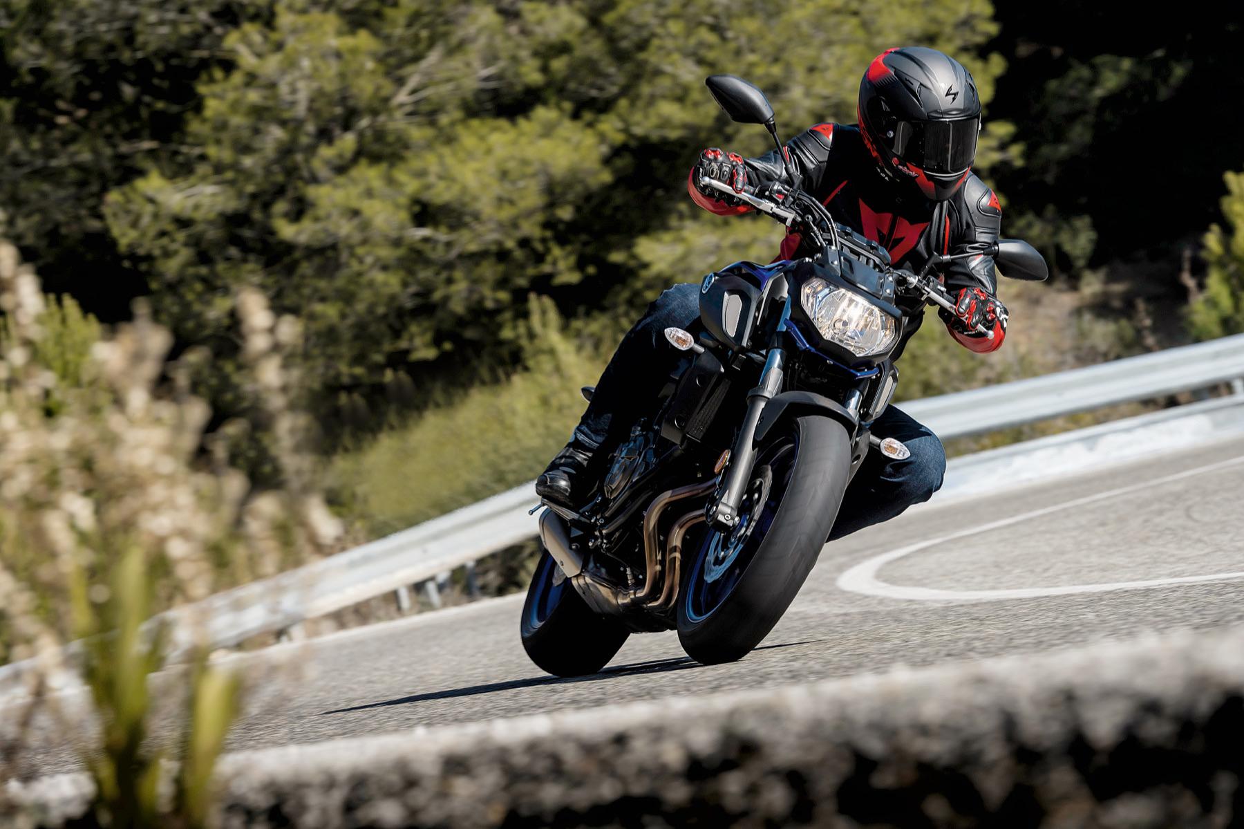 Yamaha MT-07 2018, prueba, primeras impresiones y ficha técnica