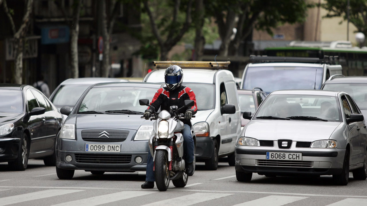 El distintivo ambiental de la DGT llega a las motos