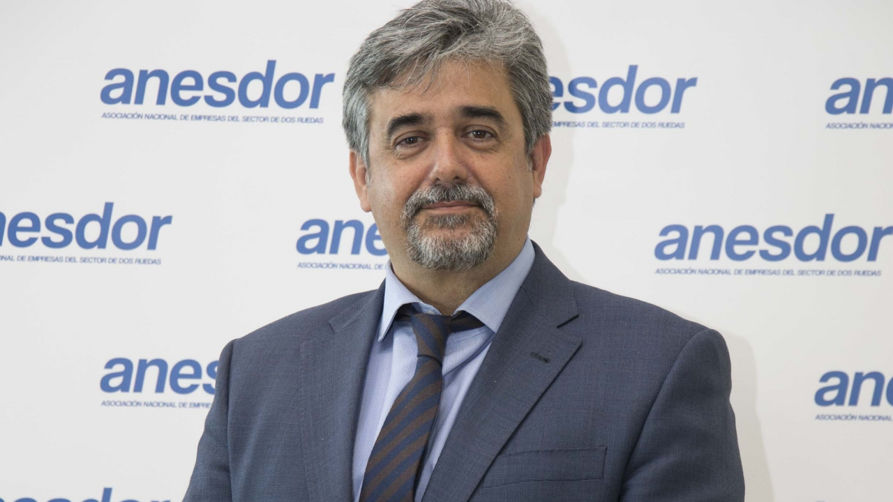 Víctor González, nuevo presidente de ANESDOR