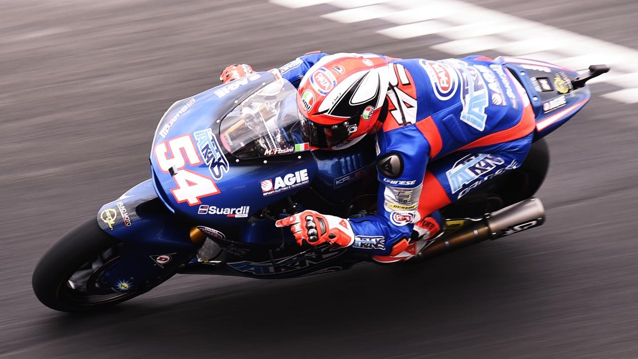 Mattia Pasini se impone a Xavi Vierge en Argentina y se aúpa al liderato de Moto2