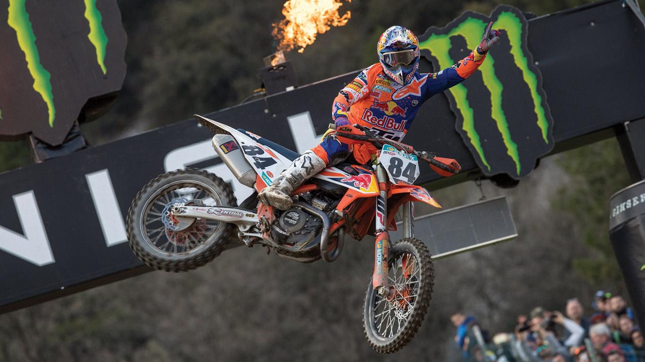 Jeffrey Herlings se sitúa al mando de MXGP con una impecable victoria en Trentino