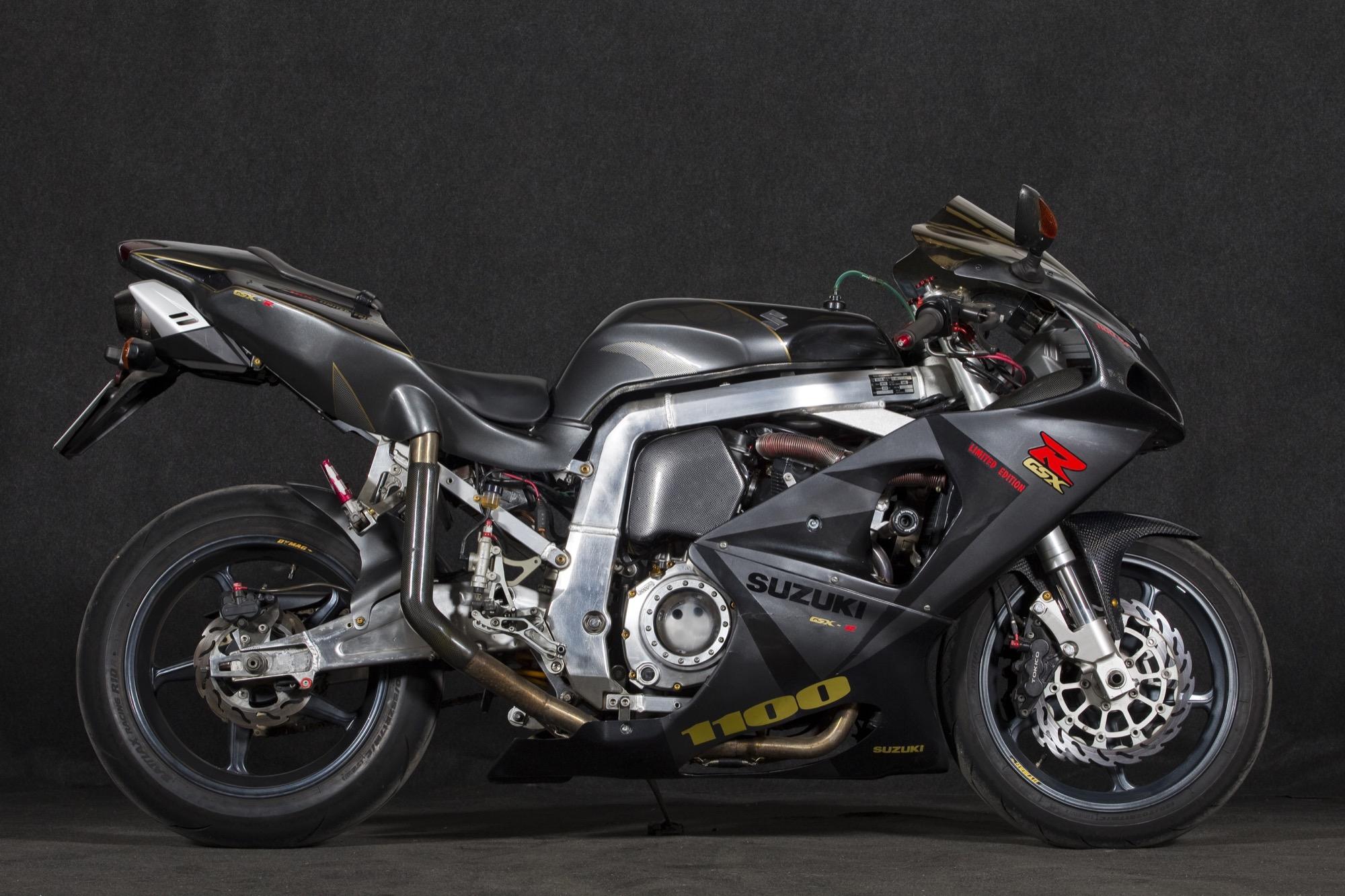 Suzuki GSX-R1100 Ultralight, cuando la moto original no cubre tus expectativas