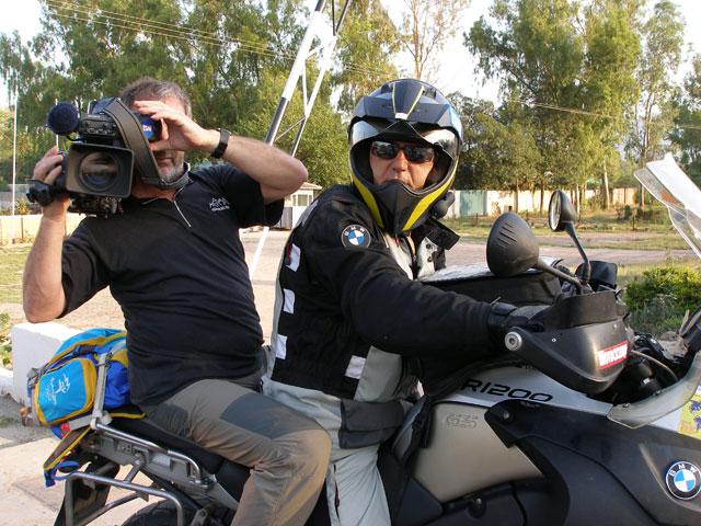 """Viaja en moto con """"Al filo de lo imposible"""""""