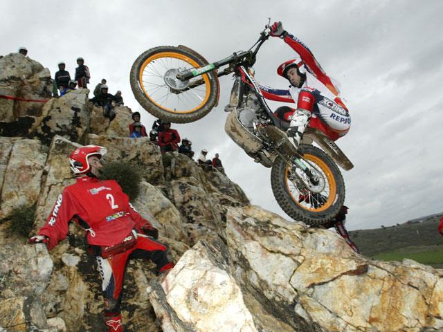 Toni Bou (Montesa Honda) arranca el campeonato con victoria