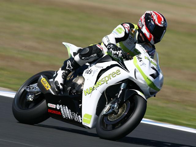 Carlos Checa (Honda) saldrá desde la pole. Bayliss (Ducati), primero