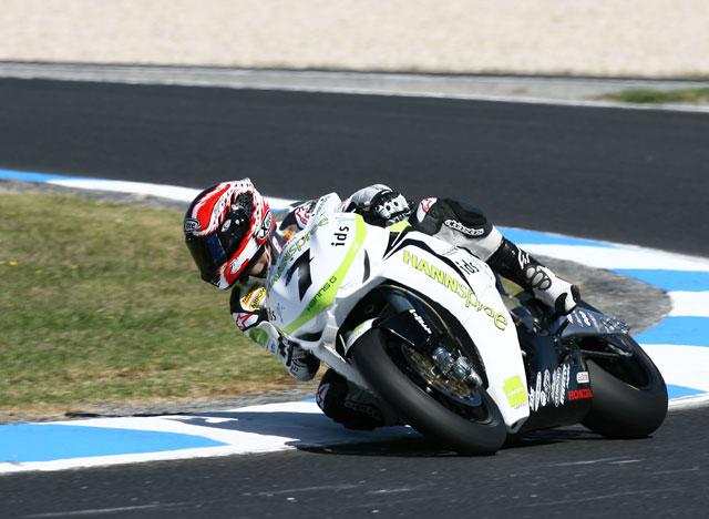 Los hombres Ducati, Bayliss, Fabrizio y Biaggi, no entrenan en Valencia