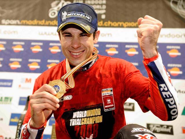 Toni Bou (Montesa Honda), bicampeón del mundo de Trial Indoor