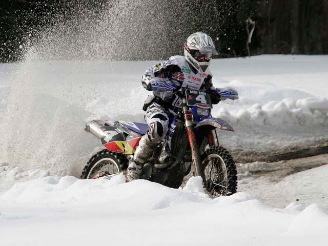 Mika Ahola (Honda) se impone en el primer día del Enduro de Suecia