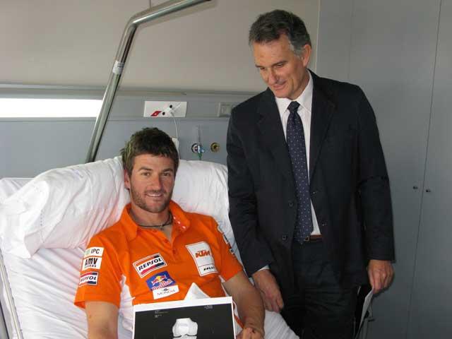 Marc Coma (KTM) recibe el alta médica