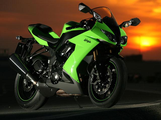 La Kawasaki rebaja 2.000 euros la nueva ZX-10R