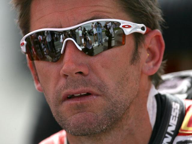 Bayliss (Ducati) sufre un accidente antes de la prueba de SBK de Holanda