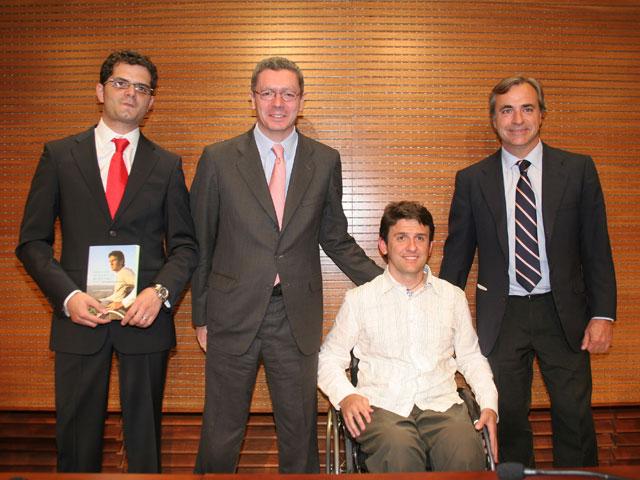 Isidre Esteve presentó su libro en Madrid con Alberto Ruiz Gallardón