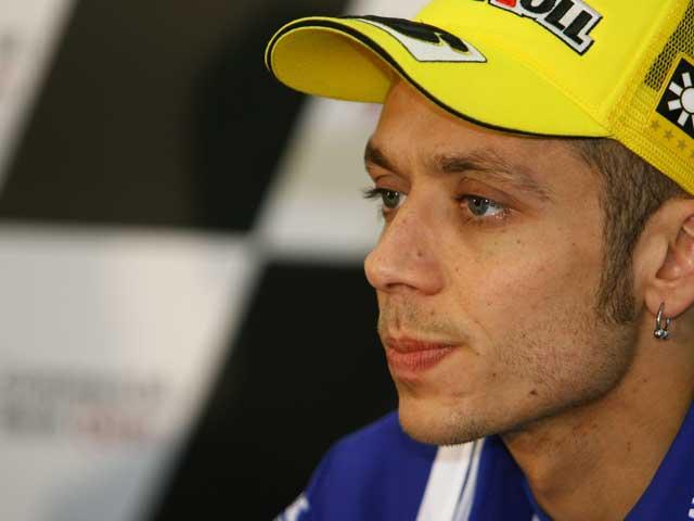 Ferrari reclama a Valentino Rossi