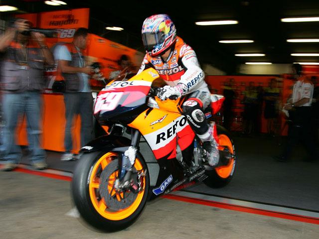 Hayden (Honda), contento con el motor neumático