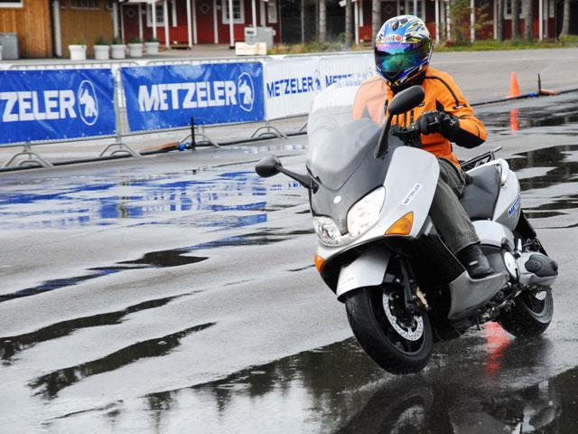 Encuesta sobre neumáticos de motos