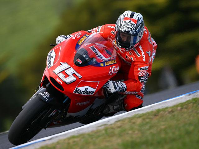 Sete Gibernau está rodando en Mugello con la Ducati GP8