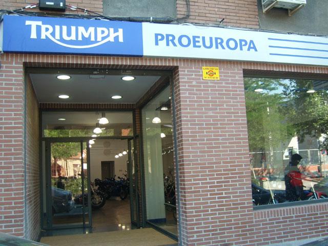 Nuevo establecimiento Triumph en Madrid