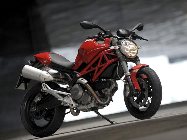Ducati Monster 696, récord de ventas en Italia