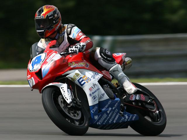 Lagrive (Honda) sorprende a los favoritos y se hace con la pole en Supersport