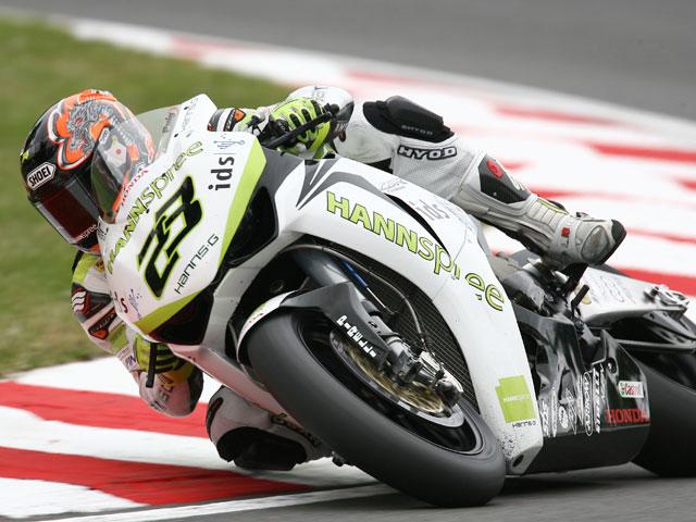 Kiyonari (Honda) se apunta la primera de Superbike. Nieto (Suzuki), quinto