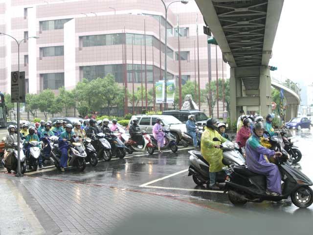Llegan las motos propulsadas por aire comprimido