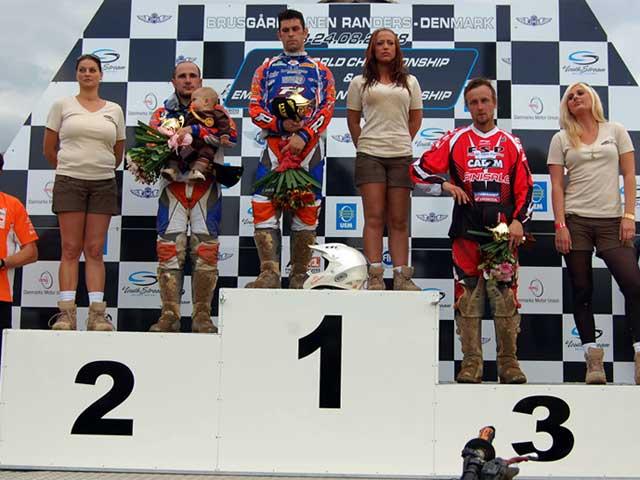 A. Lozano (KTM) resurge en el Mundial de MX3
