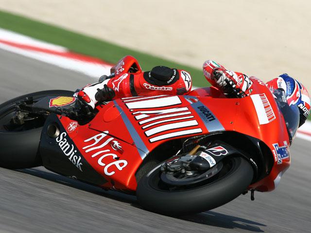 Casey Stoner (Ducati) consigue su sépitma pole consecutiva