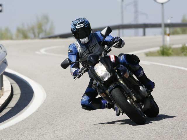 Conducción Segura: Moto, y piloto, seguros