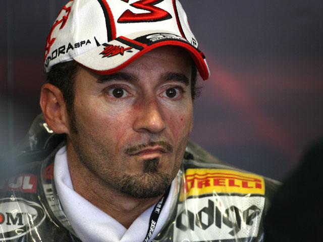 Max Biaggi vuelve a Aprilia, en el Mundial de Superbike 2009