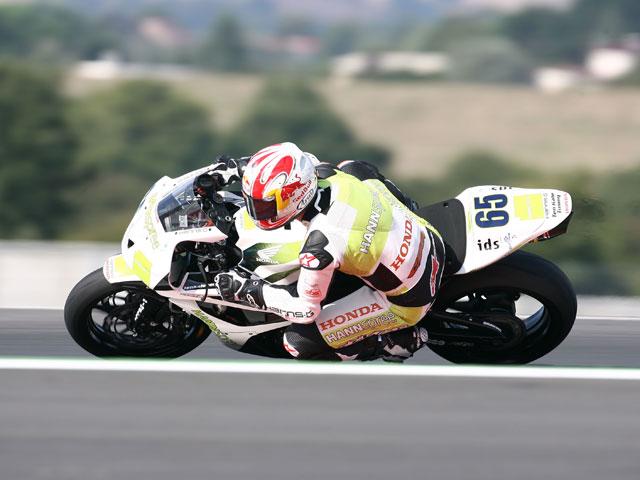 Jonathan Rea (Honda) se hace con la victoria de Supersport en Italia