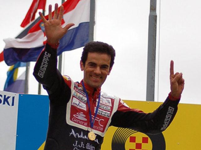 Álvaro Molina (Aprilia) gana su sexto título europeo de 250 cc