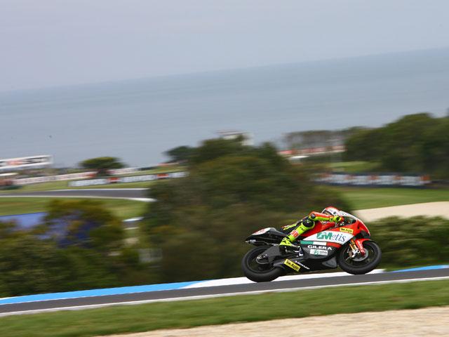 Marco Simoncelli (Gilera) se hace con la pole del Gran Premio de Australia