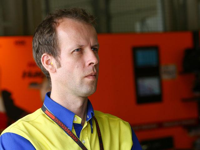 """Weber (Michelin): """"Será difícil contentar a todos con tres tipos de neumáticos"""""""