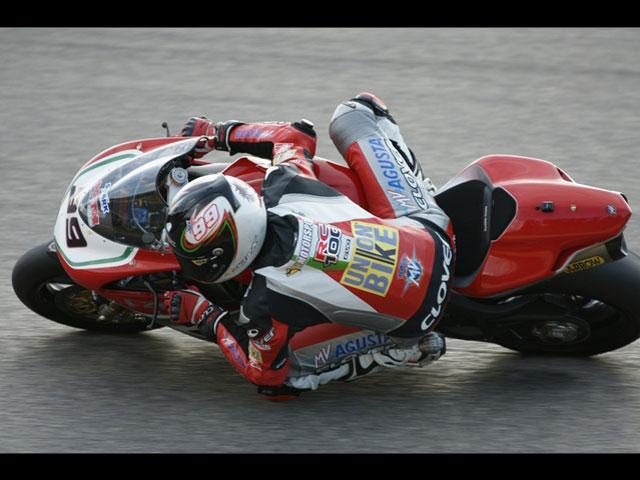 Luca Scassa y MV Agusta, campeones de Italia de SBK