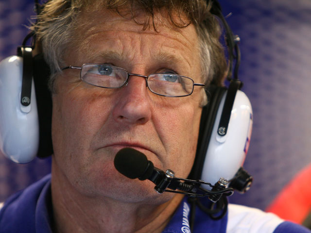 Rossi y Doohan rinden homenaje a Burgess