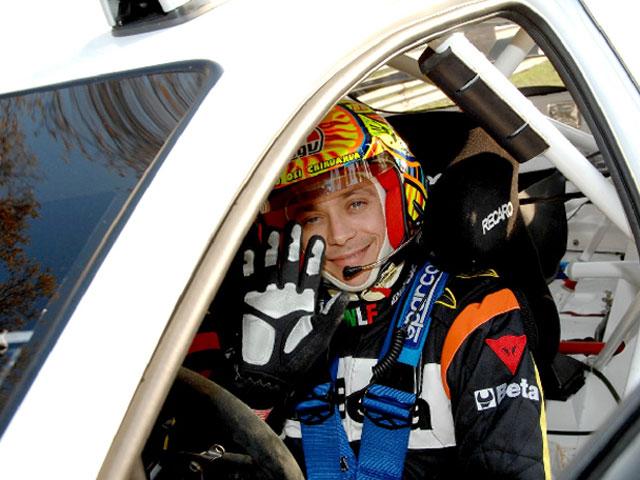 Valentino Rossi logra el segundo puesto en el Rally de Monza