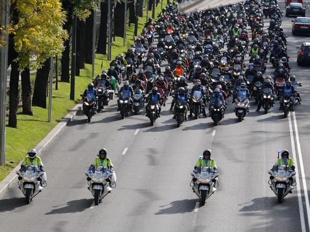 La comisión de Hacienda del Congreso aprueba el impuesto de CO2 para las motos
