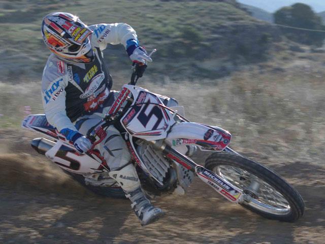 Álvaro Lozano ficha por Yamaha Ausió