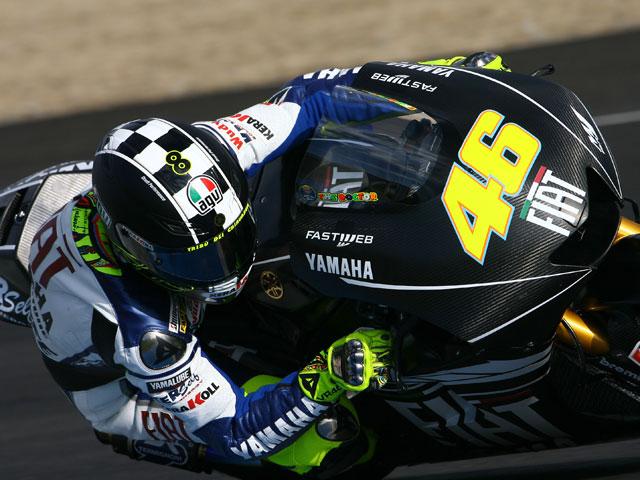 Valentino Rossi con Yamaha logra los mejores tiempos de los test de Jerez